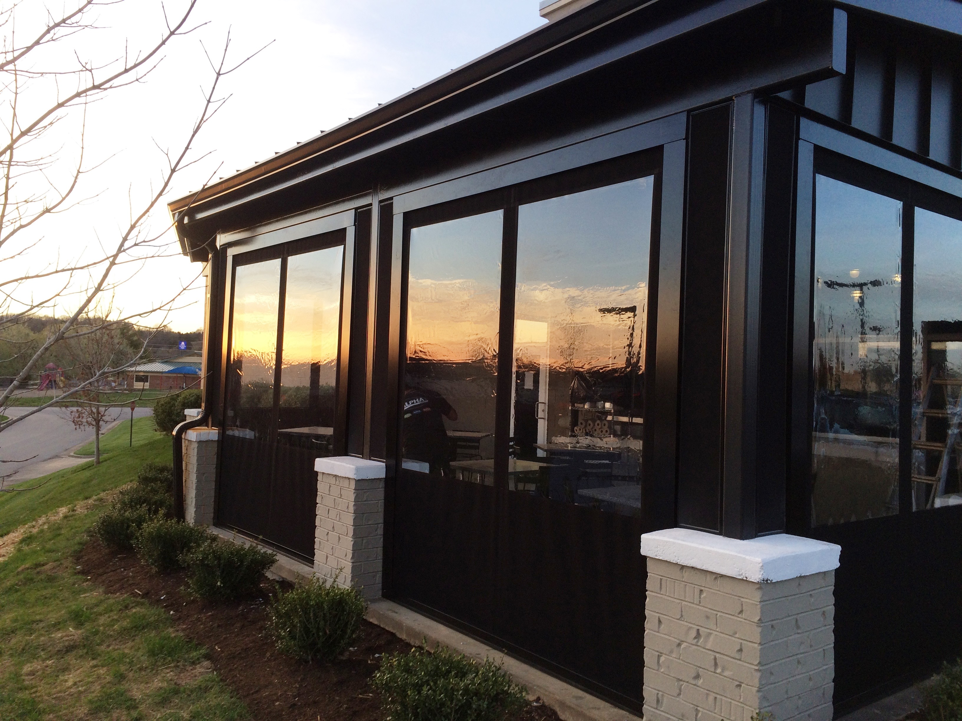 Outdoor Dining For Any Season With Patio Enclosures Alpha Canvas